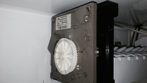 repairing-my-rv-ice-maker-retro-winnie-3