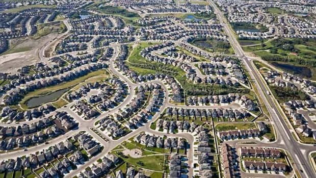 urban-sprawl-the-consequences-of-a-substandard-central-city-core