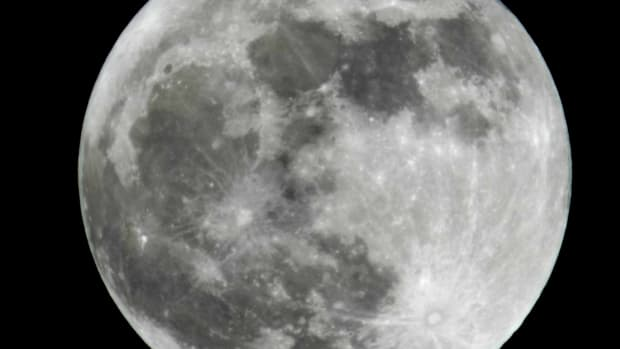 what-are-the-features-parts-and-components-of-the-moon