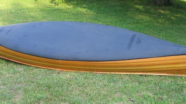 building-a-cedar-strip-canoe-the-details-applying-a-graphite-bottom-coating