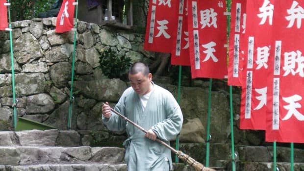 3-unusual-sights-in-japan