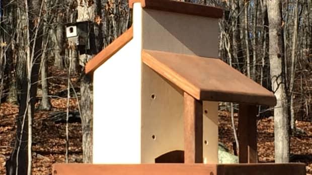 diy-platform-bird-feeder-plans