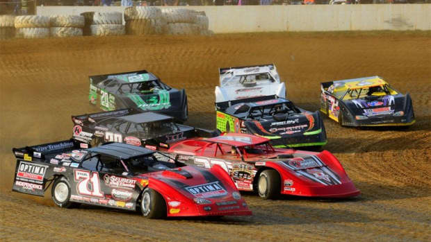 the-total-novices-guide-to-dirt-track-racing