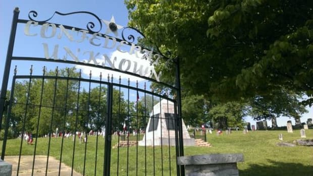 10-of-the-oldest-cemeteries-in-tennessee-history-buffs-will-want-to-visit