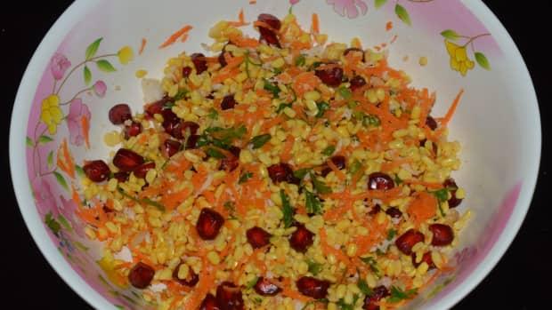 salad-recipes-green-gram-split-and-pomegranate-salad