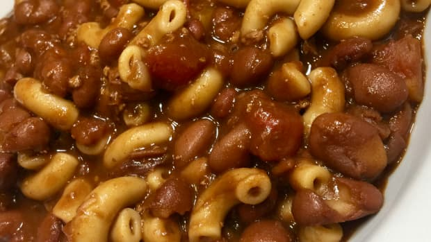 lickety-split-5-minute-vegan-chili-mac