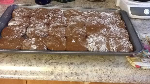 homemade-molasses-whoopie-pies