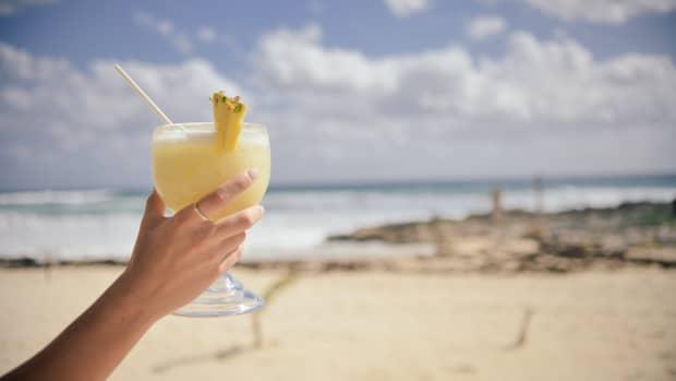 pineapple-coconut-smoothie-recipe