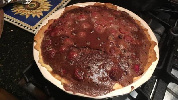 luscious-chocolate-sour-cream-raspberry-pie-recipe