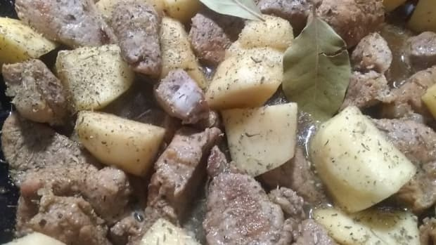 slow-cooked-pork-with-apples-and-beer