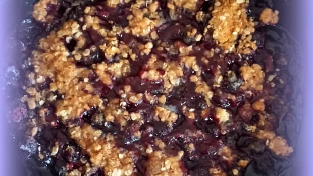 vegan-blueberry-oatmeal-crisp