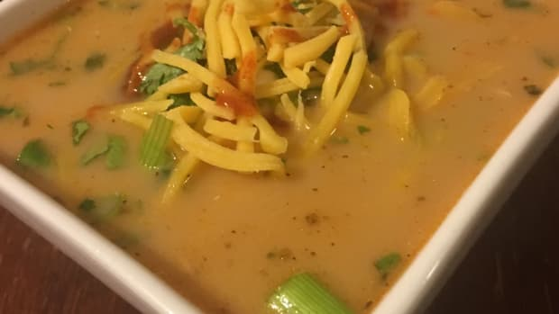 slow-cooker-chicken-fajita-soup