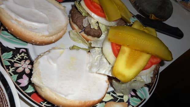 minnesota-cooking-hamburgers-broiling-well-done-in-more-ways-than-one
