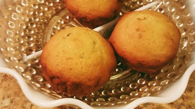 easy-homemade-banana-muffin-recipe