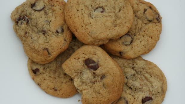 slimmed-down-chocolate-chip-cookies