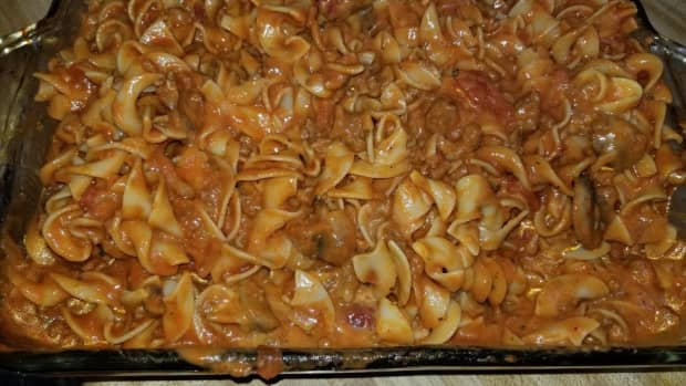 beef-stroganoff-with-ground-beef-and-tomato-sauce