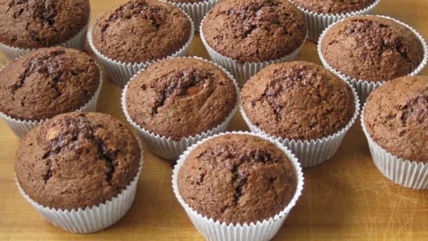 triple-chocolate-pumpkin-muffins