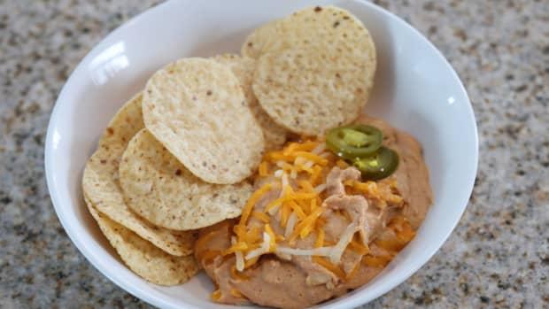 slow-cooker-texas-trash-warm-bean-dip