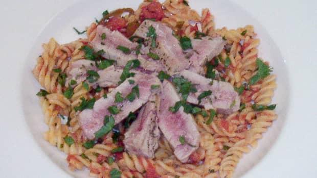 tuna-with-fusilli-pasta