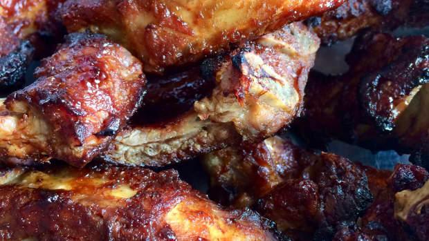 bbq-pork-ribs-with-homemade-bbq-sauce