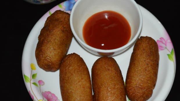 how-to-make-onion-potato-rolls-for-evening-snacks