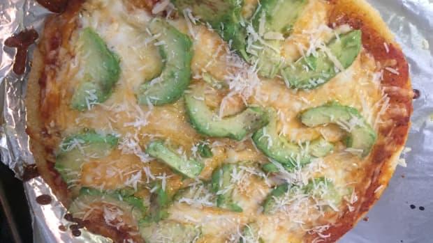 simple-cauliflower-pizza-recipe