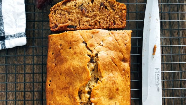 easy-homemade-healthy-dates-bread