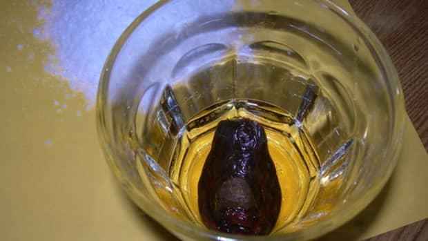 the-dawson-city-sourtoe-cocktail