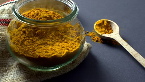 exploring-turmeric-the-ancient-golden-spice-of-meals-and-medication