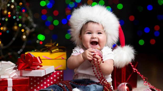 newborn-christmas-gift-ideas