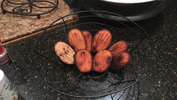 red-bean-paste-madeleines-recipe