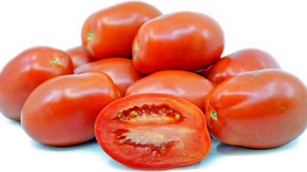 super-simple-homemade-tomato-sauce