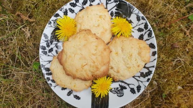how-to-make-dandelion-biscuits-uk-recipe