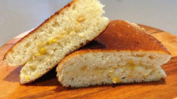 malaysian-peanut-pancake-turnover-apam-balik