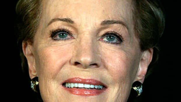 readers-guide-to-mandy-by-julie-andrews-edwards