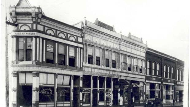 the-george-w-terry-building-in-historic-downtown-poteau