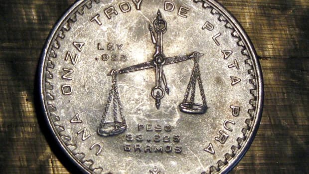 5-easy-tests-that-you-can-do-at-home-to-tell-if-your-silver-jewelry-is-fake-with-pictures