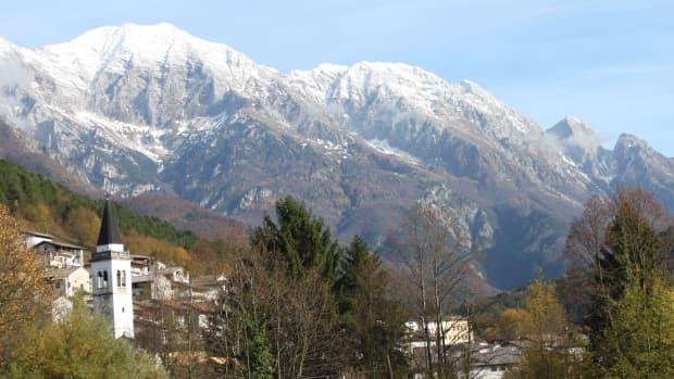 hiking-trails-on-italian-alps