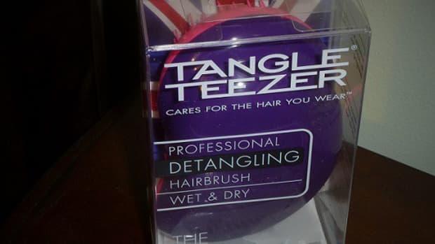 the-original-detangling-hairbrush-by-tangle-teezer