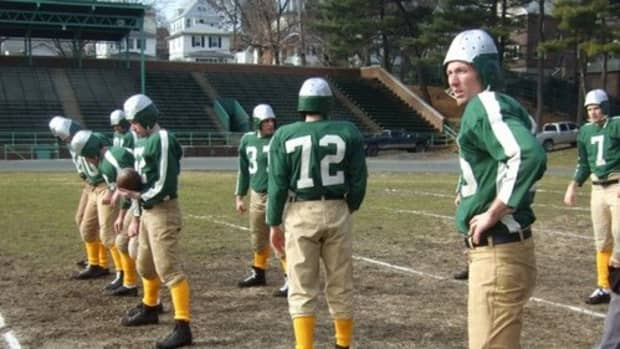 steagles-the-1943-nfl-team-that-combined-players-from-the-pittsburgh-steelers-and-philadelphia-eagles