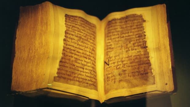 who-wrote-beowulf