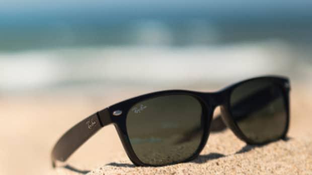sunglasses-for-mature-women