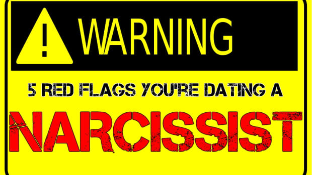5-warning-signs-youre-dating-a-narcissist