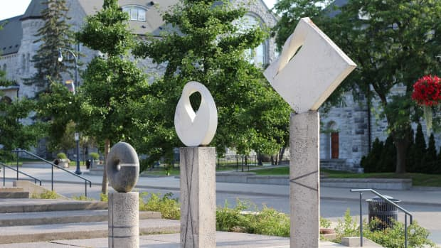 sculptures-in-kingston-ontario-a-photo-essay