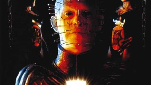 towel-movie-review-hellraiser-inferno-2000
