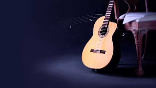 step-by-step-drawing-of-a-guitar