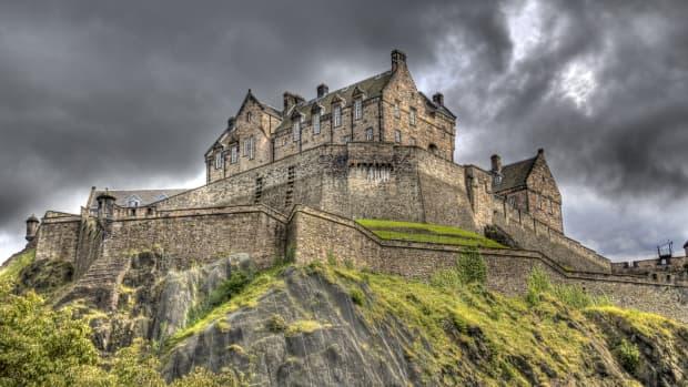 10-terrifying-haunted-castles-in-scotland