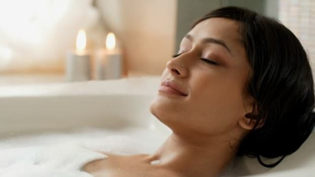 the-health-benefits-of-taking-a-hot-bath