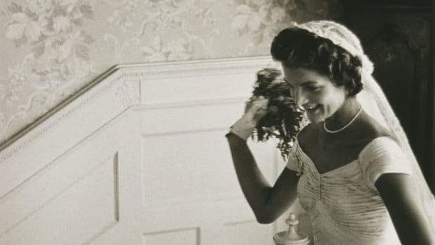 representations-of-women-in-film-tv-jacqueline-kennedy-onassis
