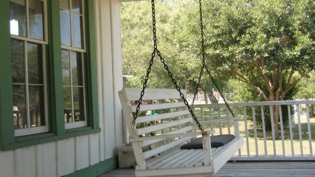 dont-tell-scary-stories-to-children-singing-and-scary-stories-on-porch-swing